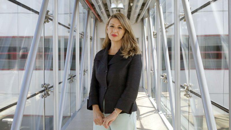 """Yolanda Díaz al PP: """"Aporten una idea, al menos una, que no se traduzca en precariedad"""""""