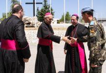 Sacerdote Iglesia Ejército