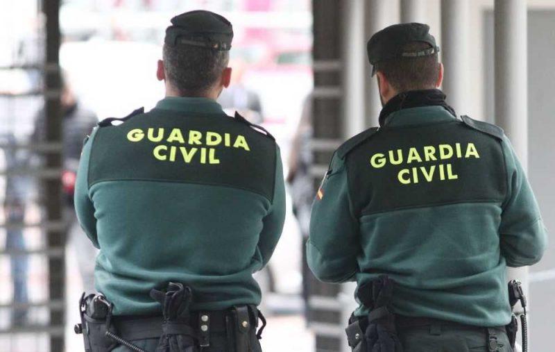 Dos guardias civiles expedientados por sorprender a un juez en una fiesta en Lanzarote