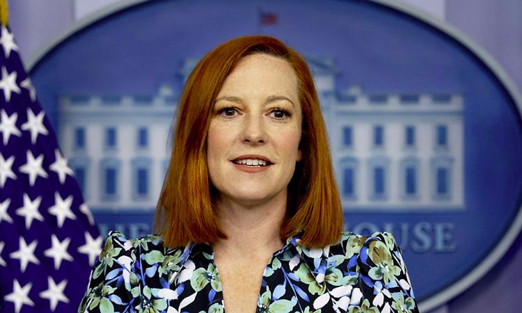 """La portavoz de la Casa Blanca corta a un periodista: """"Usted nunca ha estado embarazado"""""""