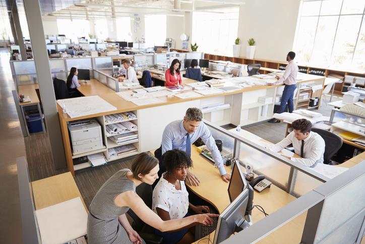 """Una multinacional de """"software"""" logra la semana laboral de 4 días sin bajar el sueldo"""